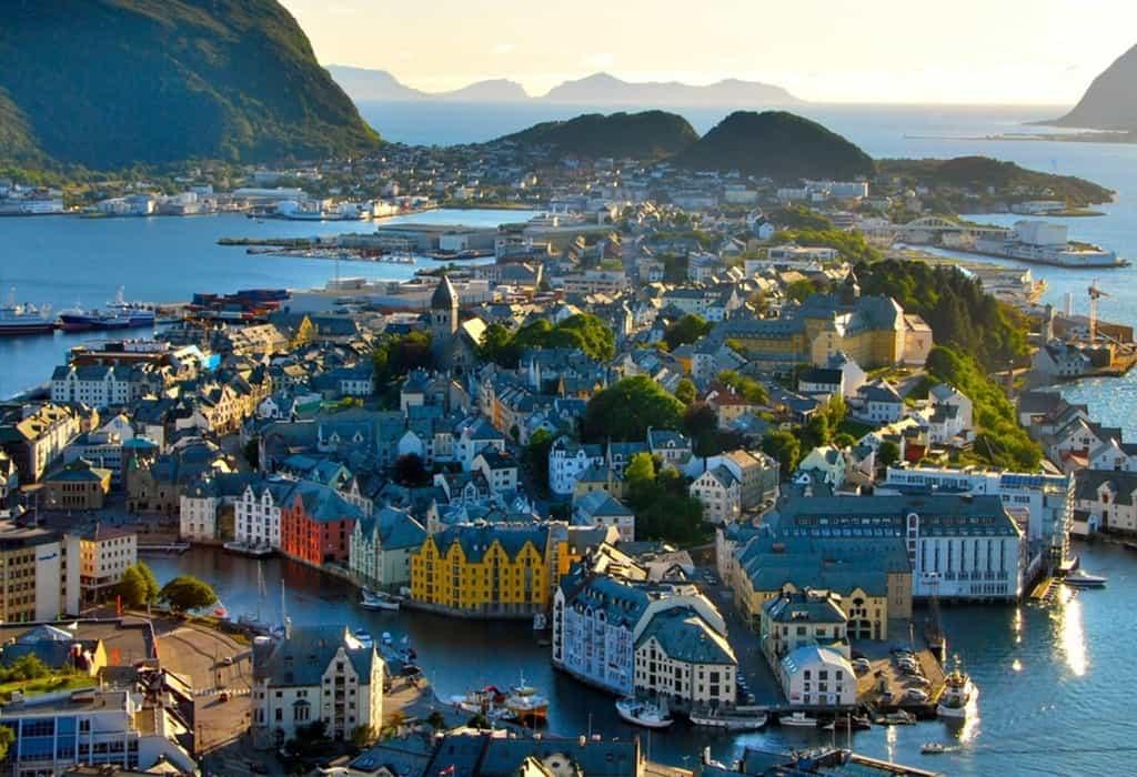 Сколько стоит обыкновенная виза в Норвегию